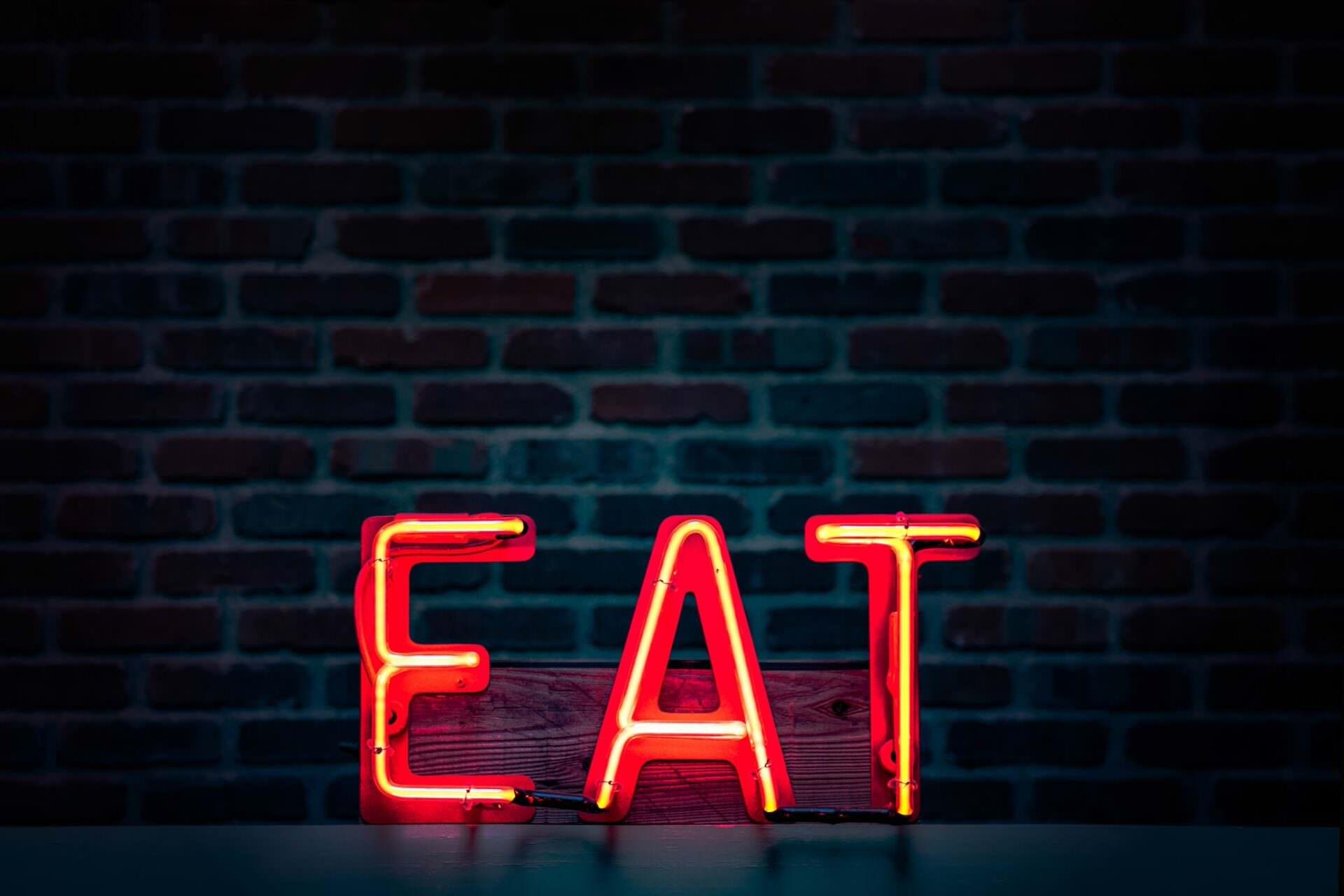 Google E-A-T – czy Google chce Cię zjeść?!
